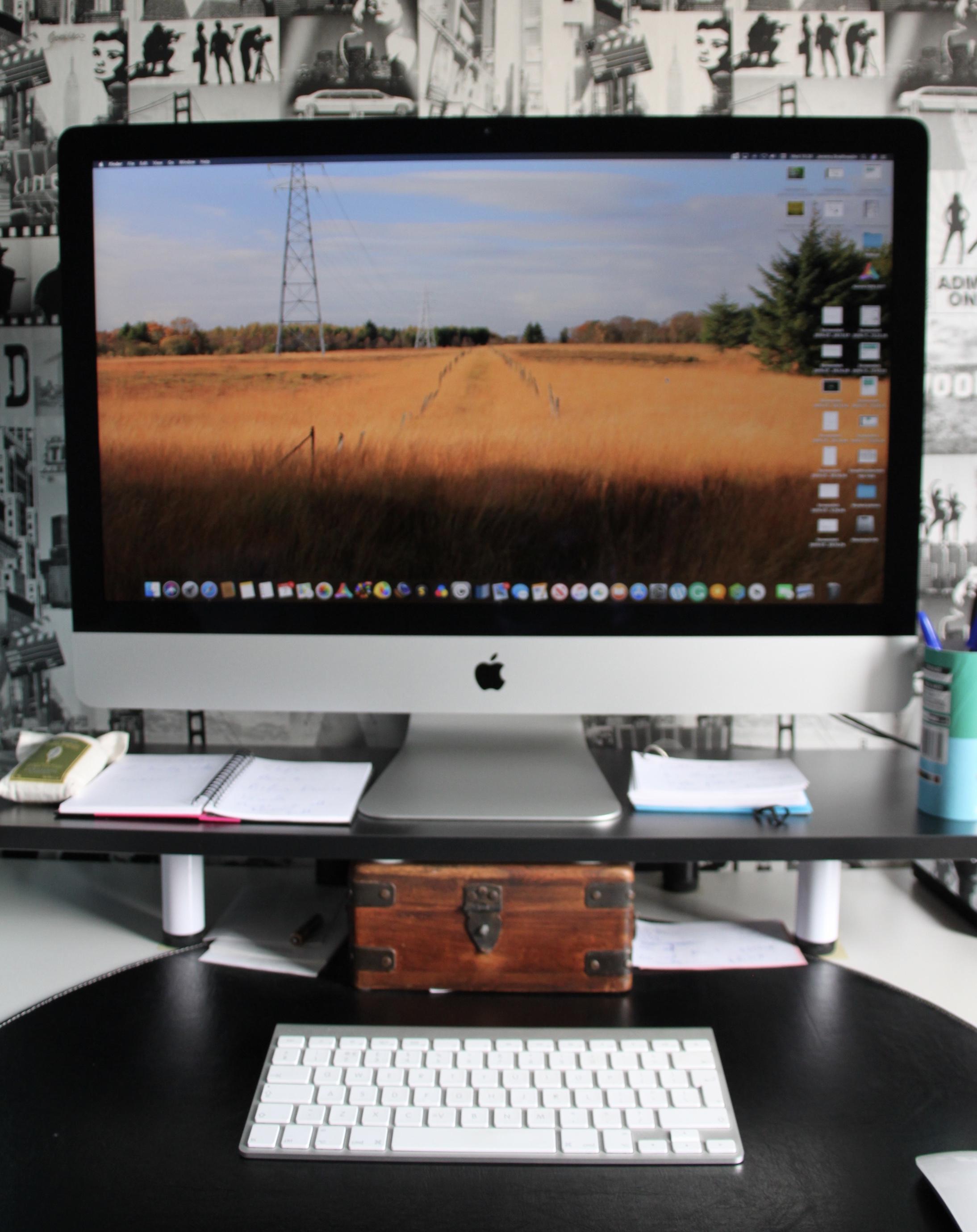 Apple iMac by Jez Braithwaite