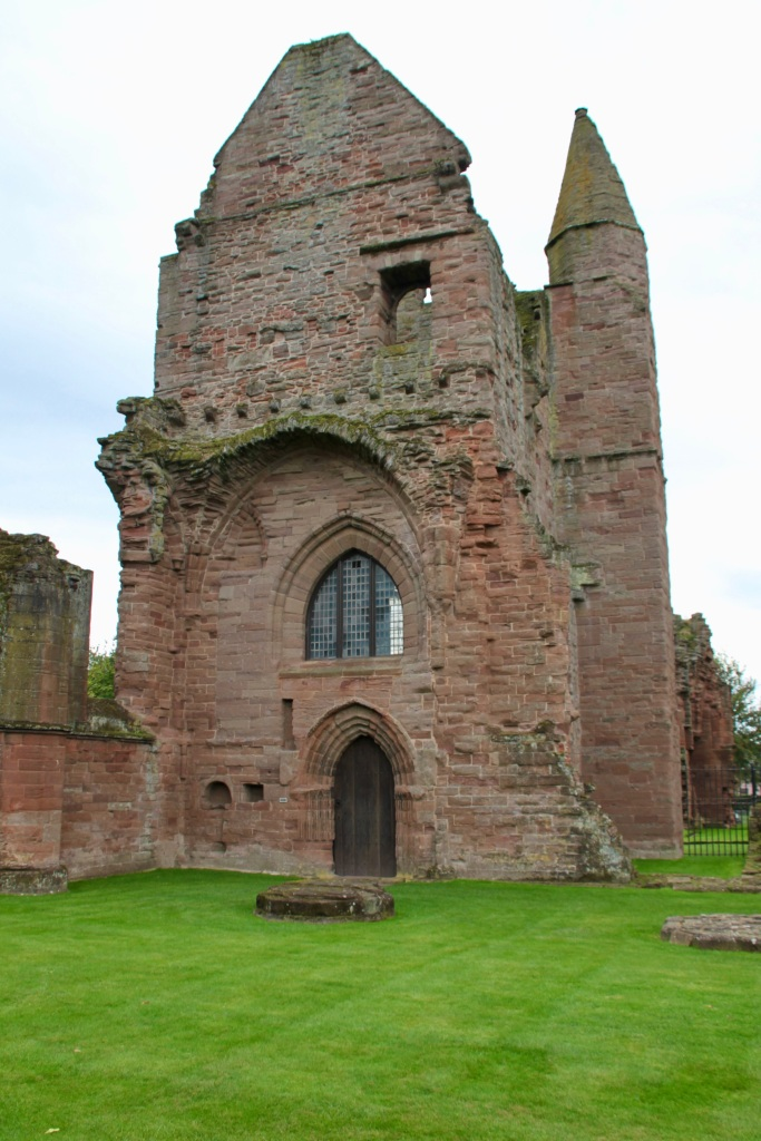 Sacristy entrance, Arbroath Abbey  by Jez Braithwaite