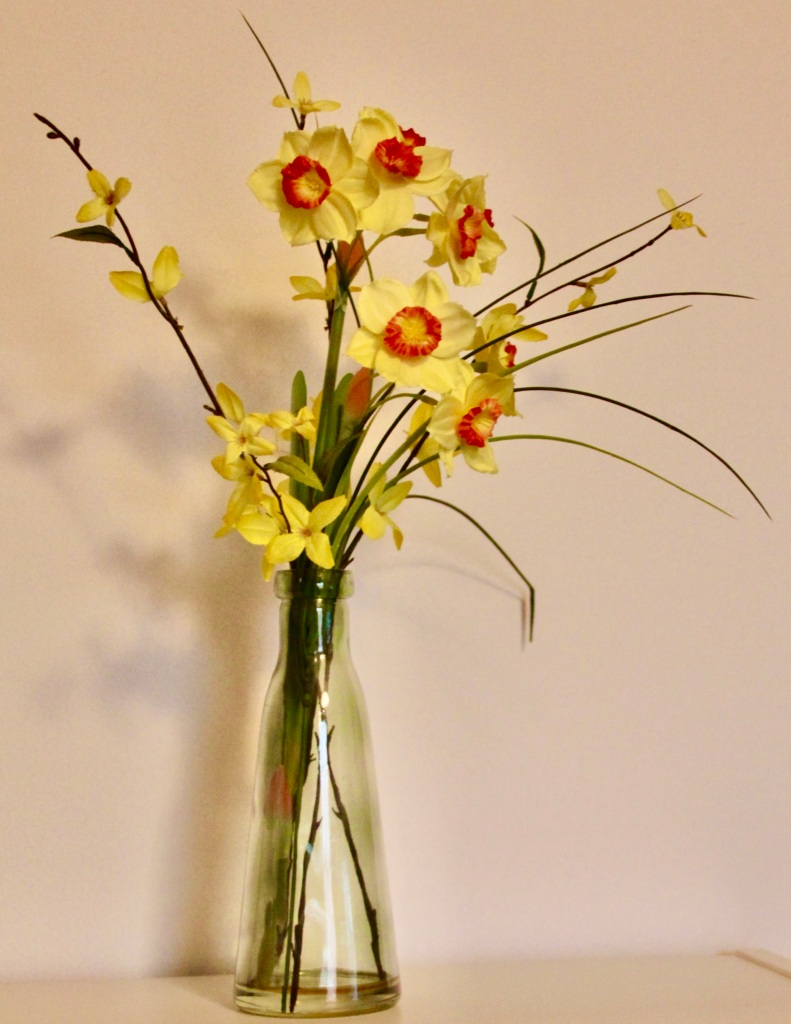 Pig/flooer vawse (flower vase) by Jez Braithwaite