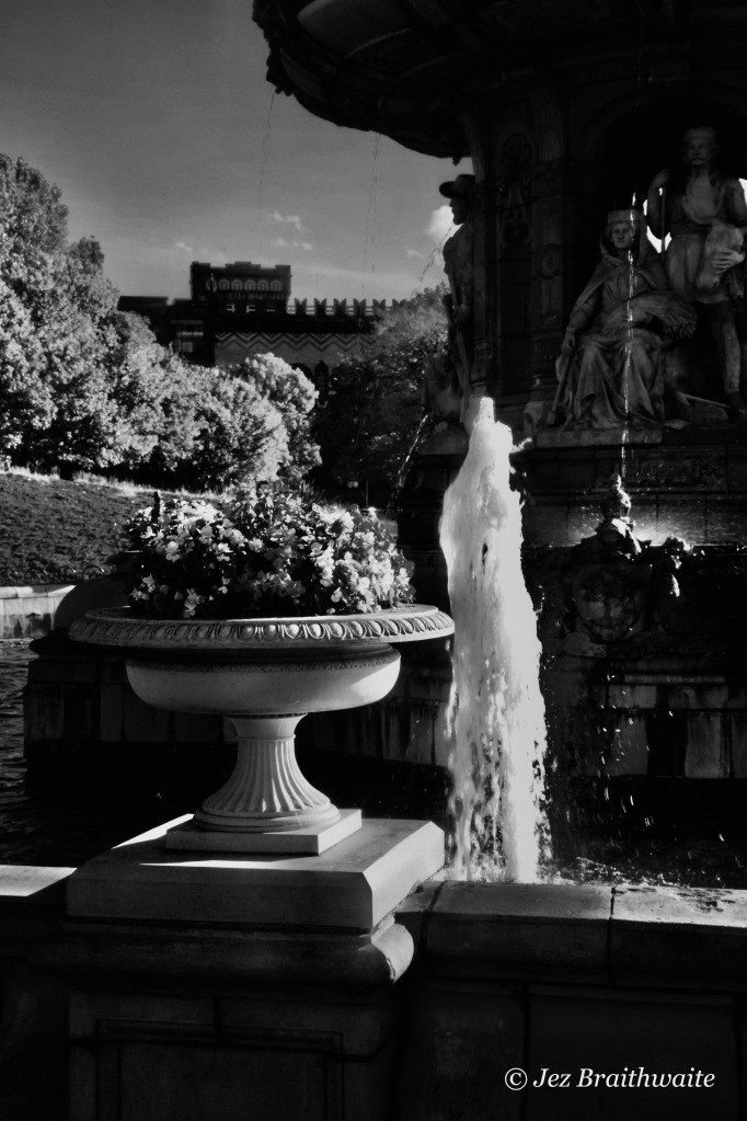 Fountain by Jez Braithwaite