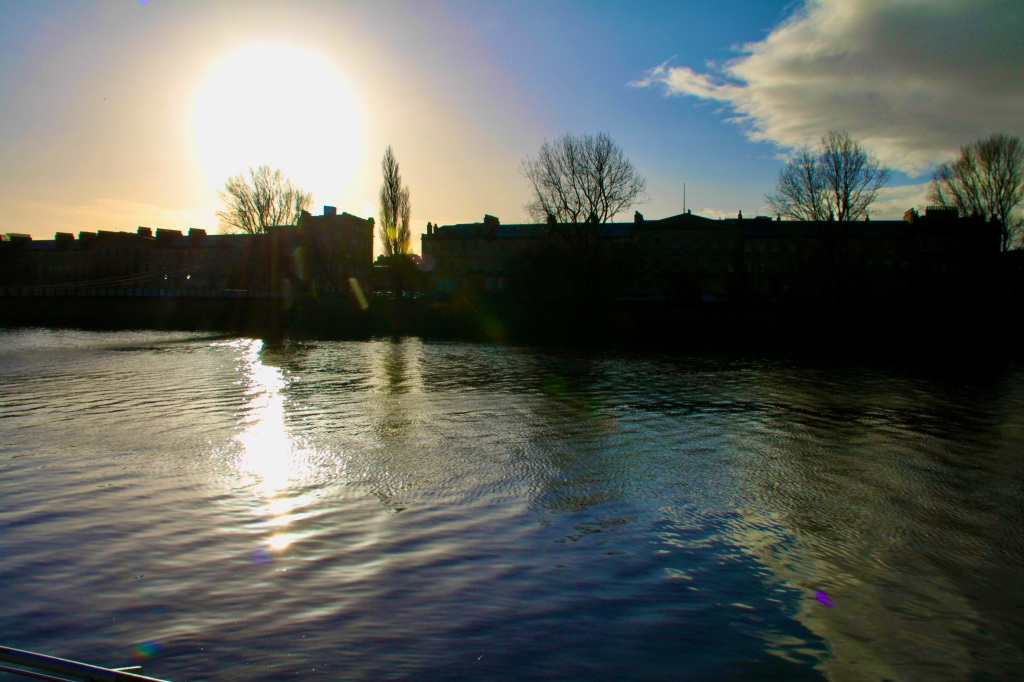 Sunshine on The Clyde